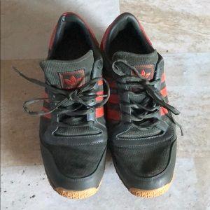 Adidas Men's Tennis Shoe Size 10